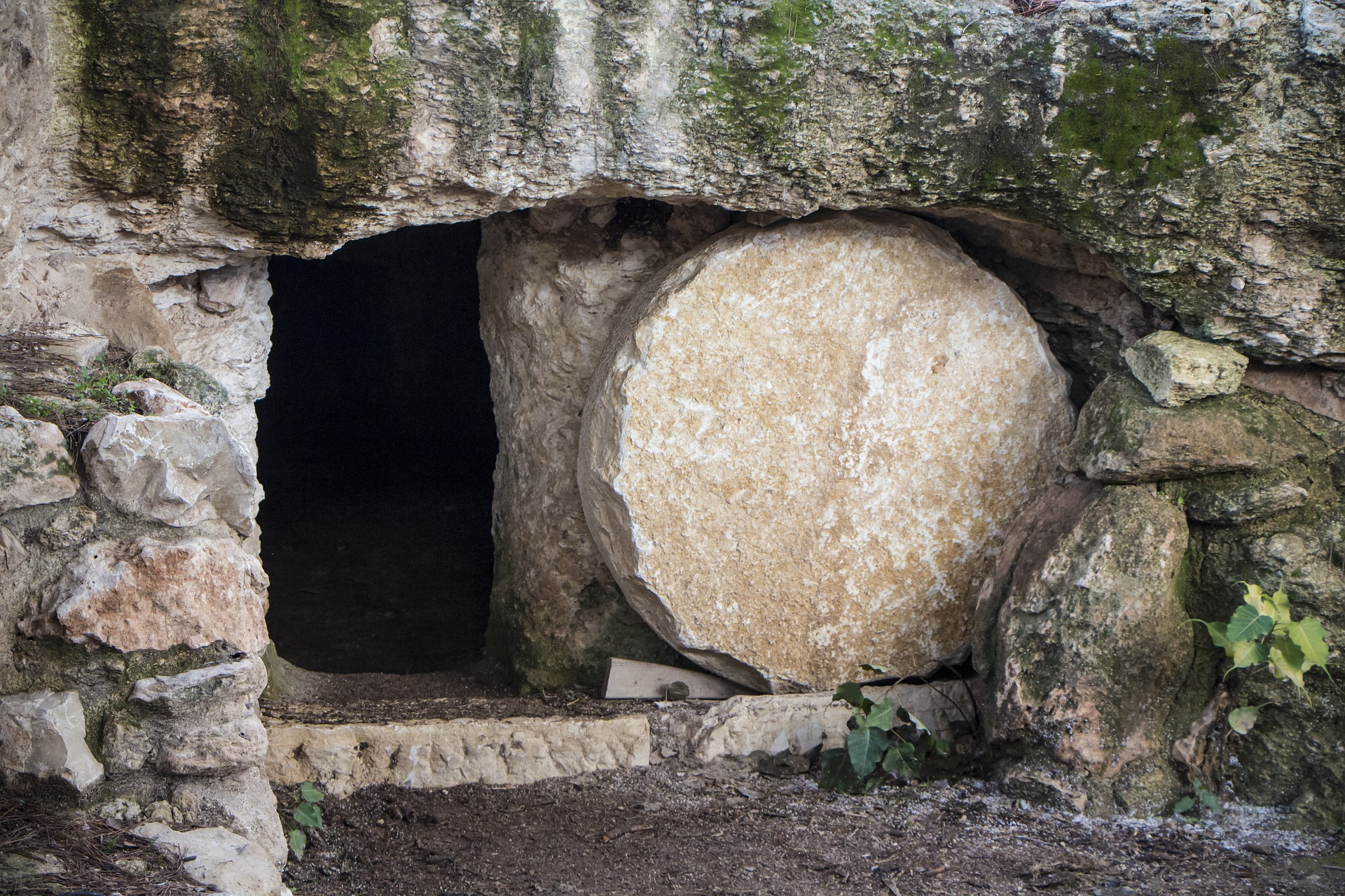 Easter Sunday service online